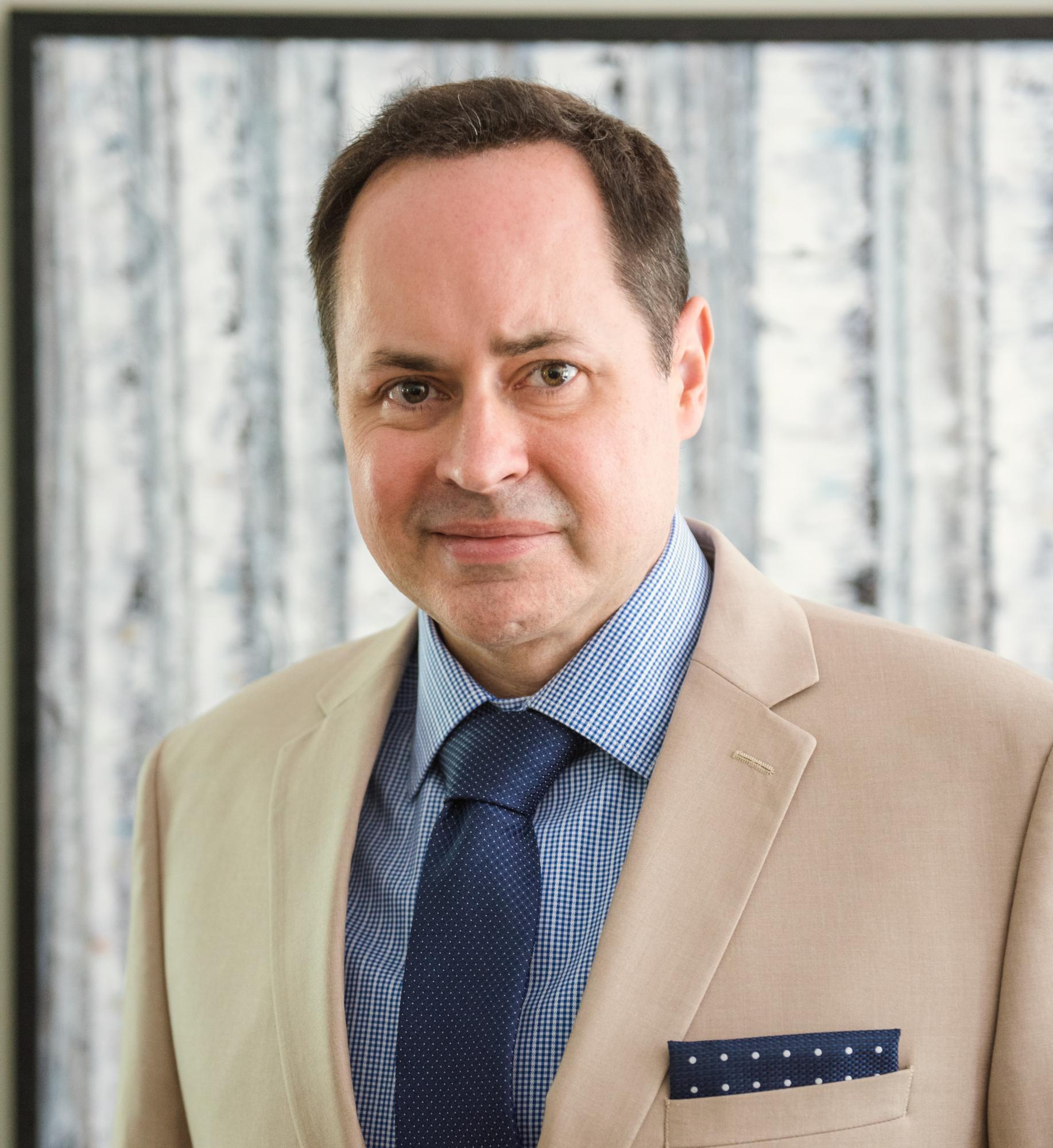 Dr. Eric Daharsh, DO
